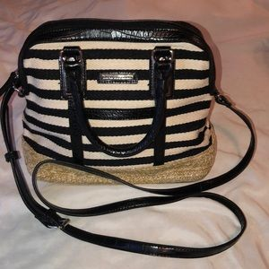 DANA BUCHANAN black cream handle PURSE- NEW!